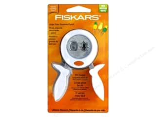 Fiskars Punch Squeeze Pineapple Large