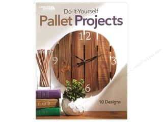 books & patterns: Leisure Arts Do It Yourself Pallet Projects Book