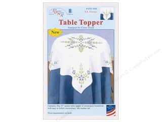 Jack Dempsey Table Topper White 35 in. XX Floral