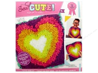 yarn & needlework: Colorbok Kit Sew Cute Kit Latch Hook Heart