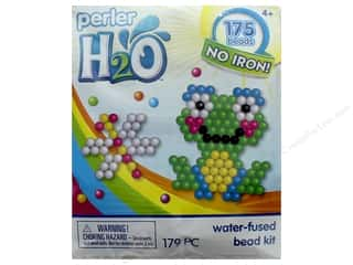 projects & kits: Perler H2O Water Fused Bead Kit Trial Frog & Dragonfly