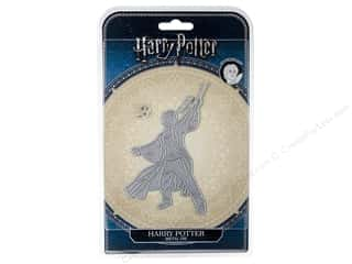 scrapbooking & paper crafts: Character World Die/Stamp Warner Bros Harry Potter
