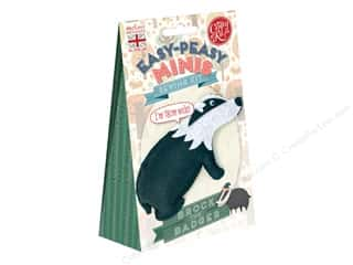 projects & kits: Crafty Kit Mini Kit Brock The Badger