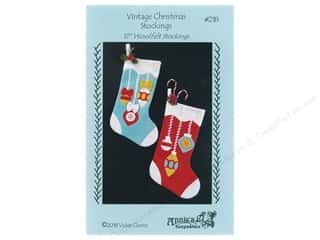 books & patterns: Annie's Keepsakes Vintage Christmas Stockings Pattern