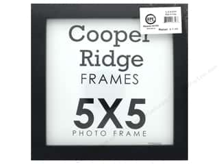 craft & hobbies: Sierra Pacific Crafts Frame Wood 5 in. x 5 in. With Easel Black