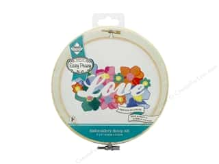 "Needle Creations Kit Embroidery Hoop 6"" Love Reverse"