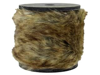 craft & hobbies: Sierra Pacific Crafts Decor Garland Wood Spool 36 in. Natural Fur