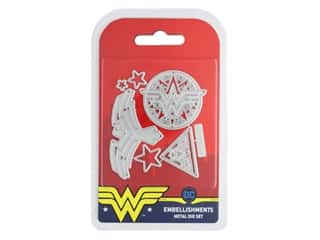 scrapbooking & paper crafts: Character World Wonder Woman Die Embellishments