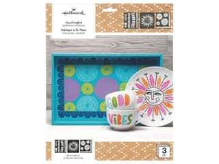 craft & hobbies: Plaid Hallmark Handcrafted Adhesive Stencils Design Pack - Doodle