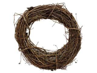 straw wreath: Darice Wreath Grapevine 14 in.