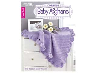 books & patterns: Leisure Arts Cuddle Me Baby Afghans Crochet Book