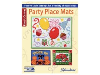 yarn & needlework: Leisure Arts Party Place Mats Plastic Canvas Book