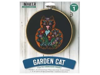 yarn & needlework: Leisure Arts Kit Mini Maker Felt Embroidery Garden Cat