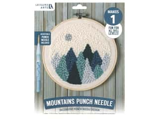 yarn & needlework: Leisure Arts Kit Mini Maker Punch Needle Mountains