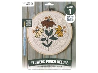 yarn & needlework: Leisure Arts Kit Mini Maker Punch Needle Flowers