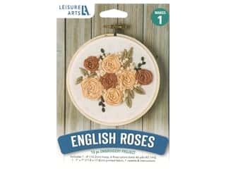 "yarn & needlework: Leisure Arts Kit Mini Maker Embroidery 4"" English Roses"