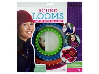 yarn & needlework: Leisure Arts Loom Circle Set With Hook