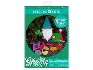 novelties: Leisure Arts Wooden Gnome Holiday Kit - Boy