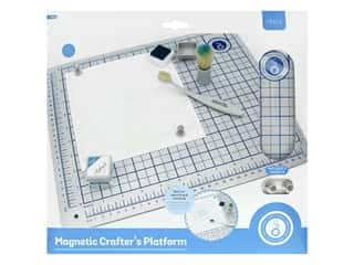 Tonic Studios Magnetic Crafter's Platform