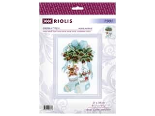 yarn & needlework: Riolis Cross Stitch Kit Bear, Cones And Deer