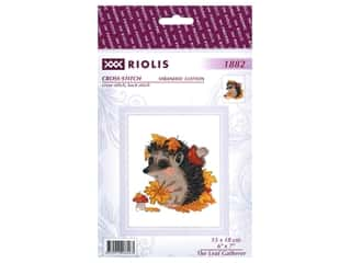 Riolis Cross Stitch Kit Leaf Gatherer