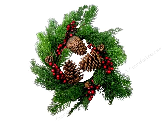 Sierra Pacific Crafts Decor Wreath Spruce wwith Pinecones & Berries Green/Red