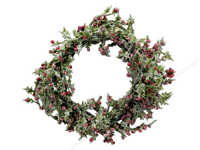Sierra Pacific Crafts Decor Wreath Mini With Red Berries 4 in.  Green/Red