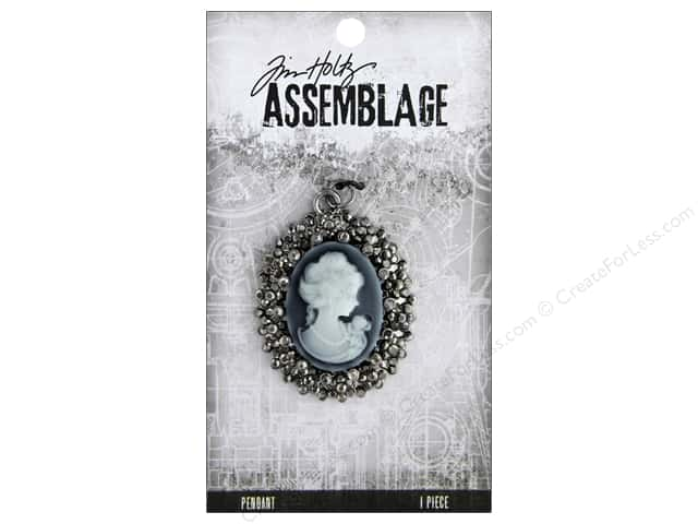 Tim Holtz Assemblage Pendant Cameo Crystal