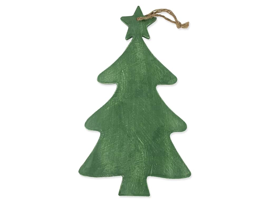 Sierra Pacific Crafts Wood Christmas Tree With Star Hang 10.25 in. x 17.5 in. Green