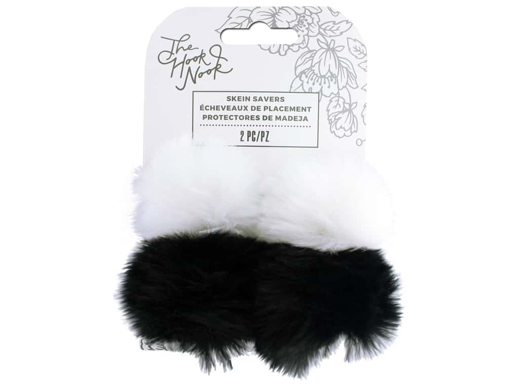 American Crafts The Hook Nook Elastic Pom Poms Fur Black/White 2pc